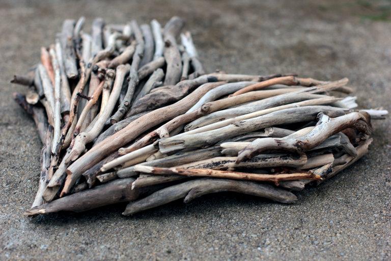 Driftwood Heart - side