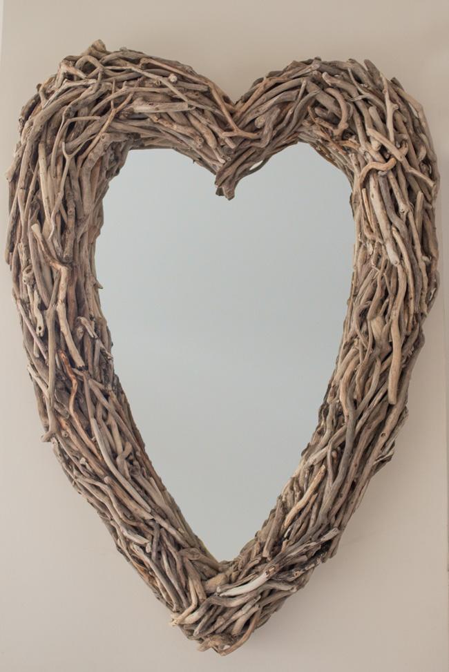Driftwood Heart Mirror Hall Tight 650x973